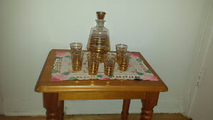Gold trim liqueur set