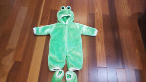 Frog Halloween Costume size 0-6 mths