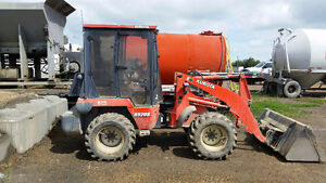 2008 Kubota R520S 4x4 loader - Perfect for Snow Removal !