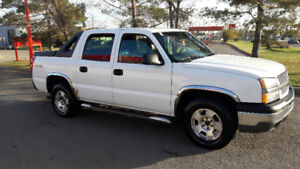 2005 Chevrolet Avalanche 1500 Pickup Truck