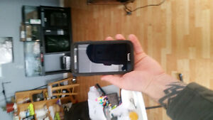 Samsung S4 and Otterbox case (Telus)