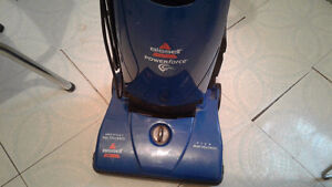 Reduced from 40 to 25 for quick sale Bissell vacumn
