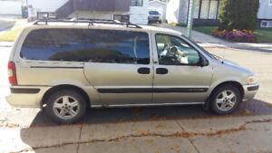 Chevrolet Venture Minivan, Van