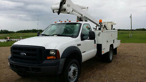 ELECTRICAL TOOLED STOCKED INDUSTRIAL TRAILER & BUCKET TRUCK