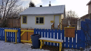 Cute bungalow with big yard for rent