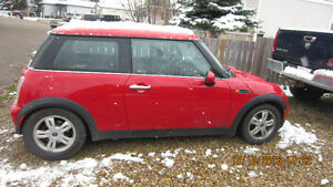 2006 MINI Mini Cooper red Coupe (2 door)