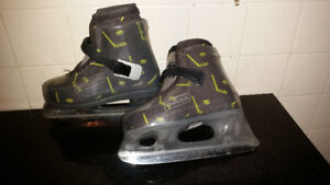 Bauer youth size 10-11 skates