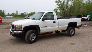 2005 GMC Other SLE Pickup Truck