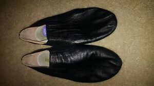 Jazz  shoes - So Danca  (size 4)