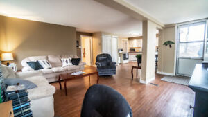 OPEN HOUSE SAT NOV 17th!-Upgraded Cute 2 Bedroom Home In St Malo
