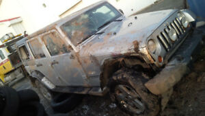 Damaged Jeep JKU 2011, 300K