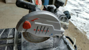 Wet Tile Saw 7 inch Lackmond Delta. Used Lightly. (416) 402 8437