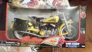 New Diecast 1/6 Indian Motorcycle bike 1998 New Ray