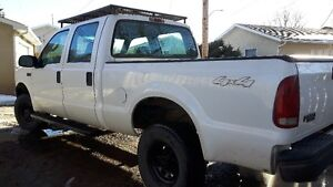 ***2004 Ford F-250 4x4 186km *** ONLY $6500 *****