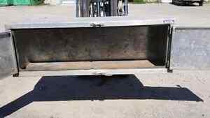 """24"""" X 24"""" X 72"""" Iconic Aluminum Box Cambridge Kitchener Area image 2"""