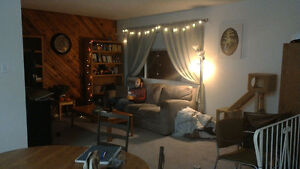 2 Rooms for Rent: Perfect for Students Prince George British Columbia image 1