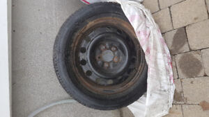 Roue et pneu  d'hiver 16 po