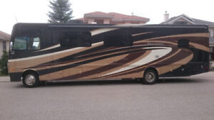 extremely clean class A motorhome
