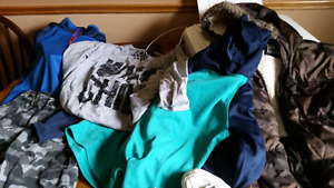 Bag of assorted clothes/shoes