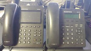 2 x Téléphones IP - Grandstream GXP2200 - GXP1405