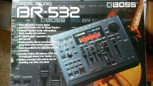BOSS BR-532 Digital Recording Studio