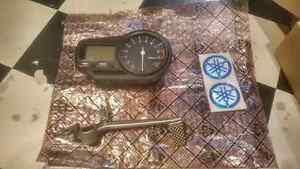 2000/2001 Yamaha YZF-R1 Speedometer / Gauge cluster in exc cond