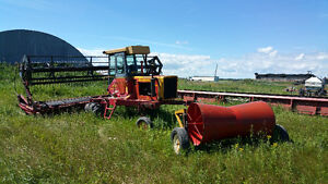 Versatile 4400 Swather 22' Pickup Reel