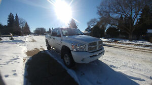 2007 Dodge Power Ram 1500 4 door 4x4 Loaded without leather