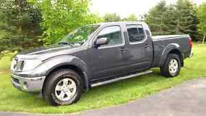 2012 Nissan Frontier SV 4x4 v6 (reduced)
