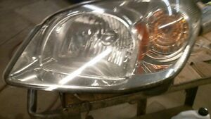 08 G5 LF Headlamp assembly London Ontario image 1