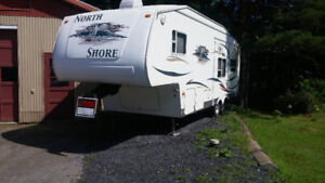 Roulotte Fifth wheel Northshore 27RL 2005