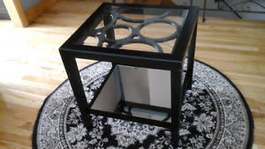 Stunning black mirrored side table
