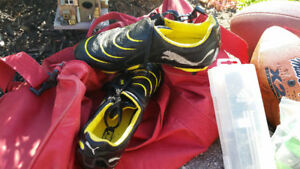 Sat of rugby cleats size 8