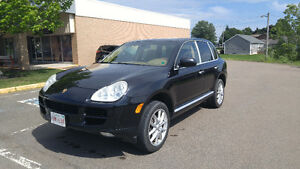 2005 Porsche Cayenne SUV - Excellent Condition