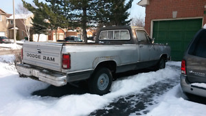 1983 dodge ram original 72000km needs work BEST OFFER/TRADE