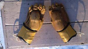 Hockey Gloves, Cooper 9, Armorflex