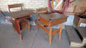 Antique childrens school desk Kitchener / Waterloo Kitchener Area image 1