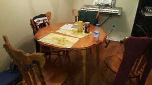 Well-used kitchen table in great shape