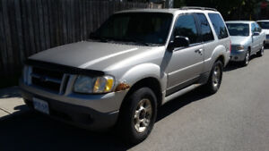 2003 Ford Explorer sport 2 door SUV, Crossover