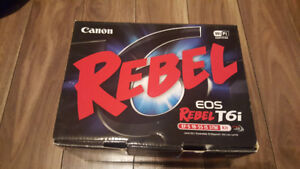 Canon Rebel T6i w/ Kit Lens 18-55mm STM - Mint