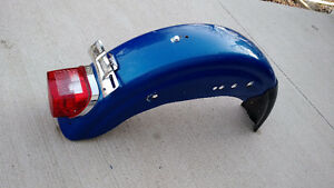 Dyna rear fender with tail light