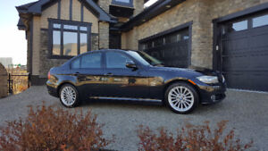 2011 BMW 3 SERIES 328i xDrive - EXCELLENT