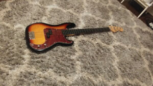 Fender Squier Vintage Modified Pbass FRETLESS