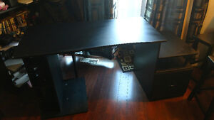Free computer desk to give away