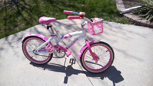 Hello Kitty Boulevard Cruiser Bicycle Very Unique!