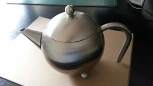 Stainless Steel Globe Tea Pot with Infuser for Open Leaves