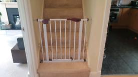 Baby / dog stair gate 75-84cm