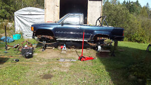 22R nd 22RE Engines and parts, 4Runner body, frame and IFS parts