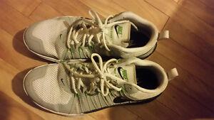 Souliers de marche et de course de marque Nike nouveau