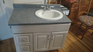 36 inch vanity with sink and taps good condition